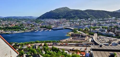 Bergen in Norwegen flickr (c) albertoabouganem CC-Lizenz