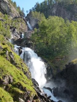 Langfossen am Åkrafjord